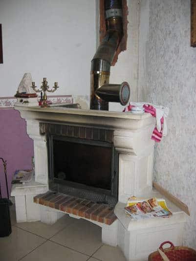 L'installation d'un insert à granulés dans une cheminée existante n'était pas conforme